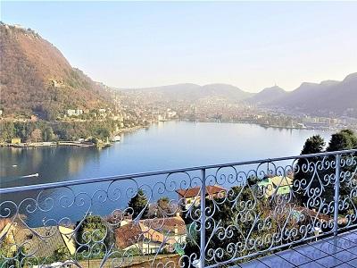 недвижимость на озере комо италия